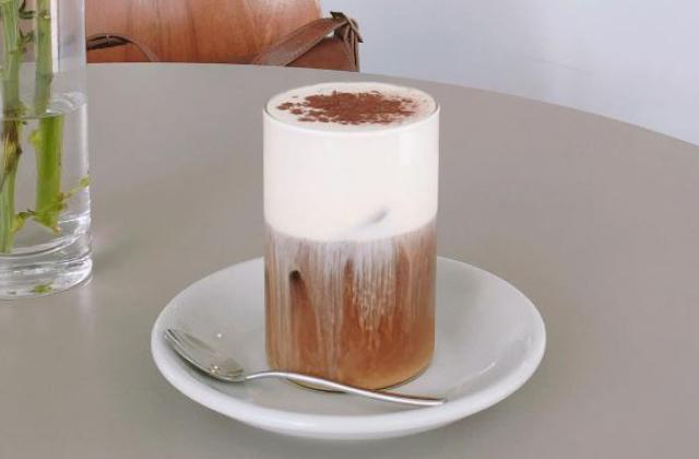 아직도 안 마셔봤다면 당장 주문해야 할 카페 메뉴 5의 썸네일 이미지