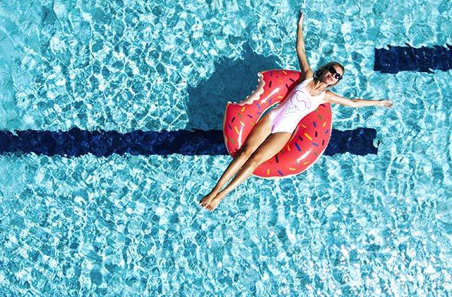 휴가 가기 전 체크! 올 여름 수영복 트렌드의 썸네일 이미지