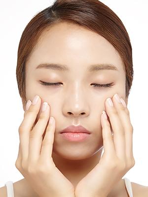 얼굴형을 바꿔주는 안면 근육 운동법