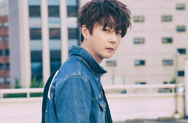 새 앨범 'Serenity'로 돌아온 신혜성의 연관 검색어 인터뷰. 싱글즈 10월호를 통해 화보와 인터뷰 기사도 확인하세요!의 썸네일 이미지