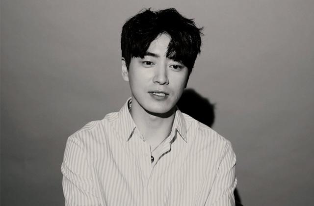 드라마 <시를 잊은 그대에게>로 돌아온 배우 이준혁. 그가 감미로운 목소리로 들려주는 시 한 편 들어보실래요?의 썸네일 이미지
