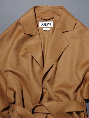 클래식하고 고아한 코트, 그리고 테일러드 재킷