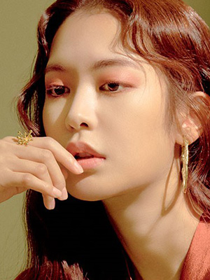 ROSY DAYS, 배우 정유진의 빛깔