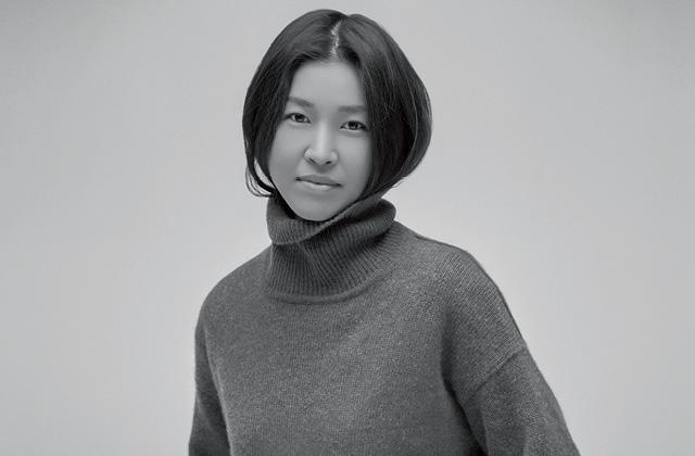 삼성패션디자인펀드 수상자 디자이너 표지영을 만나다의 썸네일 이미지
