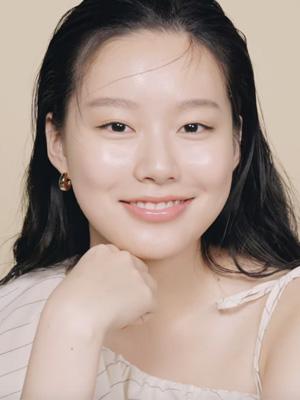 [SINGLES STAR] 박유나가 추천하는 수분케어 듀오