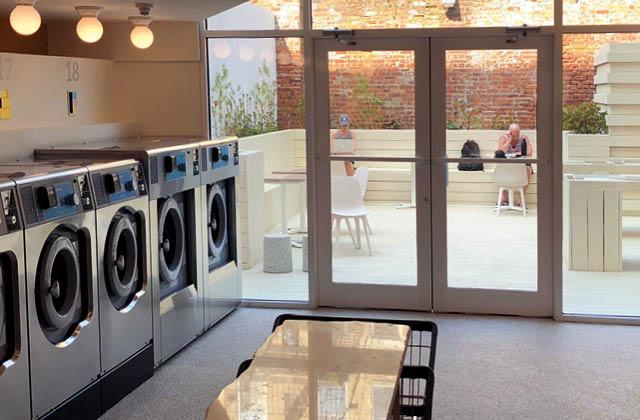 뉴요커들의 새로운 아지트로 급부상한 모던한 인테리어와 차별화된 친환경 세탁 서비스를 갖춘 셀시어스.의 썸네일 이미지