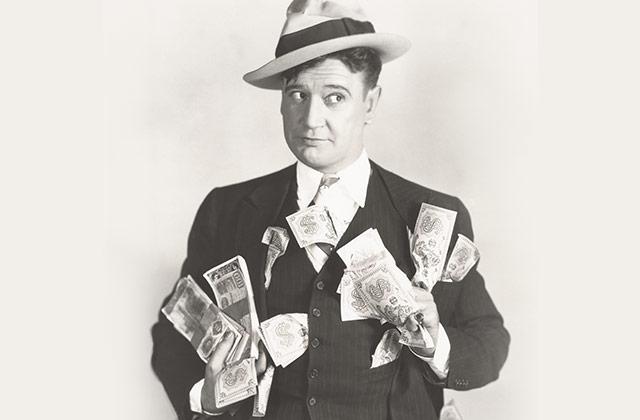 카드 외에 현금을 항상 가지고 다닌다 .의 썸네일 이미지