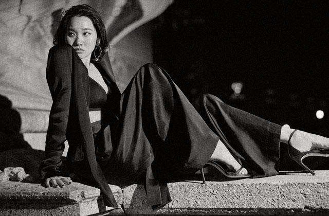 파리에서 만난 그녀는 더욱 유연하고 지혜로워졌다. 인생이란 영화에서 장윤주가 맡은 배역.의 썸네일 이미지