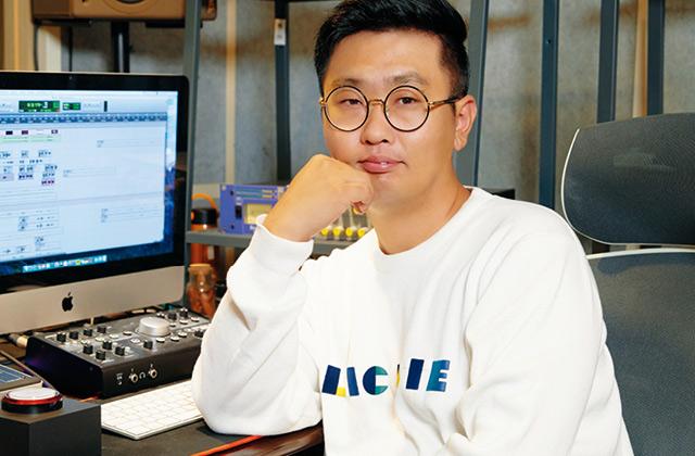 퍼니벅스 엔터테인먼트라는 게임 사운드 1인 업체를 2007년부터 12년째 운영 중인 노현준 대표가 말하는 한국 게임 음악.의 썸네일 이미지