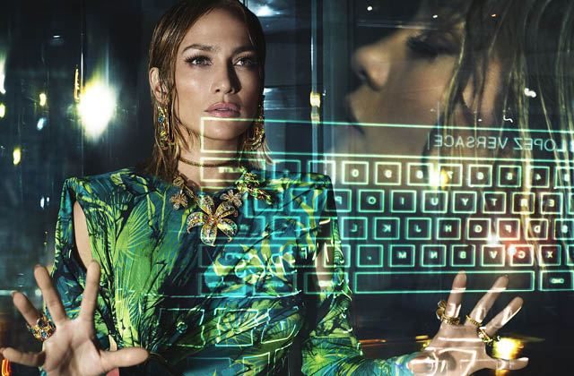 스타가 등장하는 광고 캠페인의 썸네일 이미지